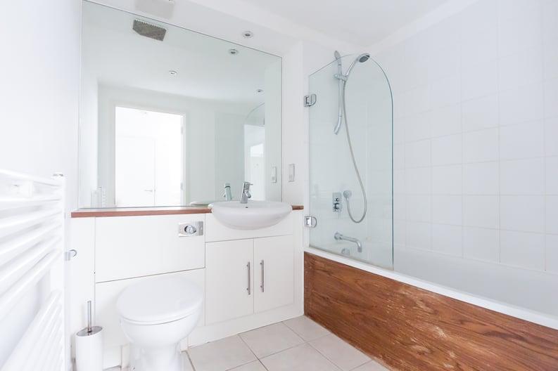 2 bedroom(s) apartment to sale in Metcalfe Court, John Harrison Way, Greenwich Millennium Village, Greenwich-image 5