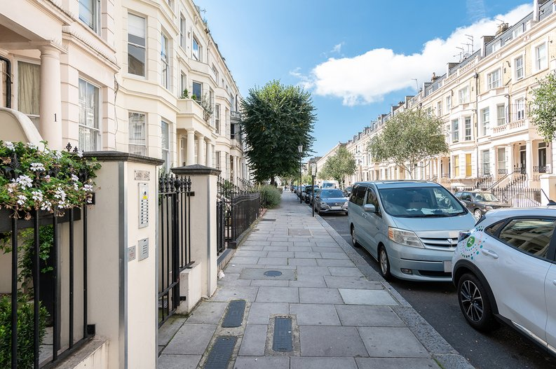 1 bedroom(s) apartment to sale in Earls Court Road, Earls Court, London-image 10