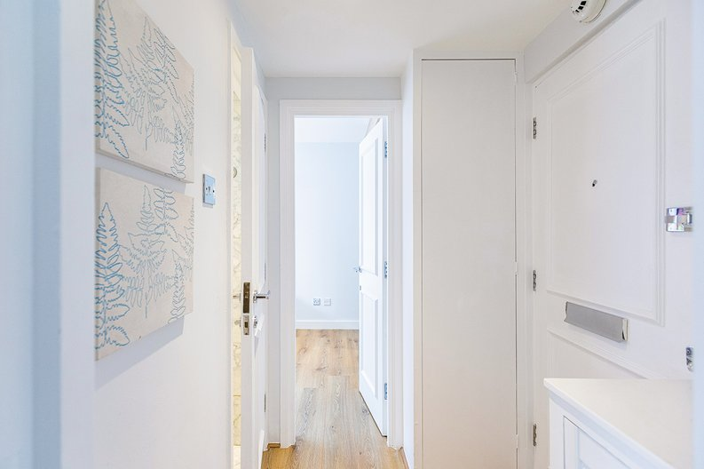 1 bedroom(s) apartment to sale in Chelsea Cloisters, Sloane Avenue, Chelsea-image 19