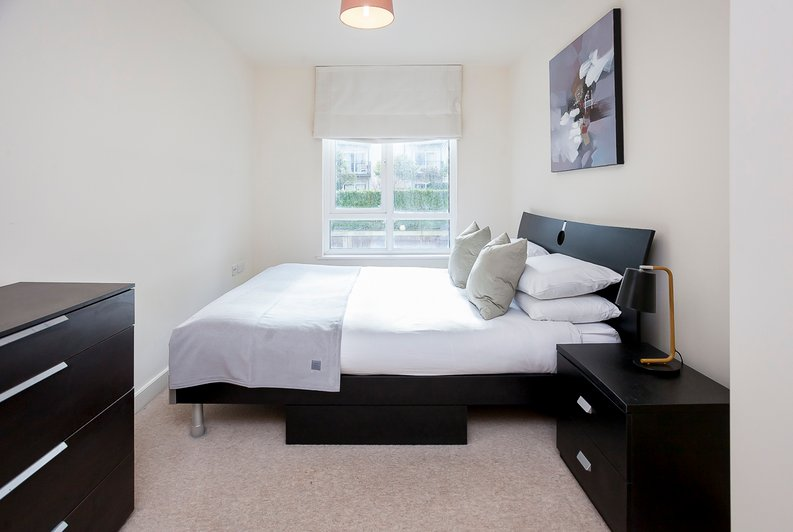 1 bedroom(s) apartment to sale in Croft House, Heritage Avenue, Beaufort Park, Colindale-image 7