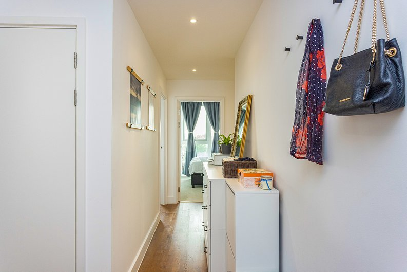 2 bedroom(s) apartment to sale in Victory Parade, Woolwich, London-image 12