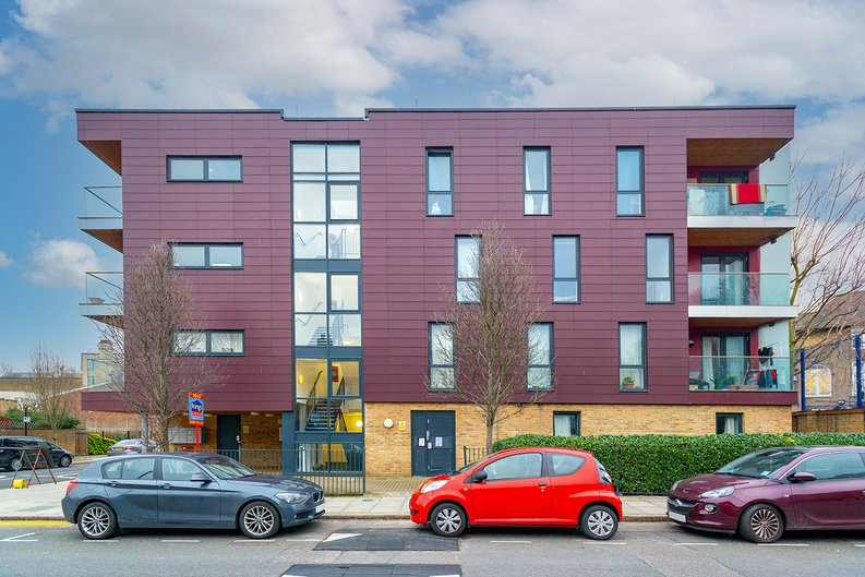 3 bedroom(s) apartment to sale in Annabel Close, Poplar, London-image 12