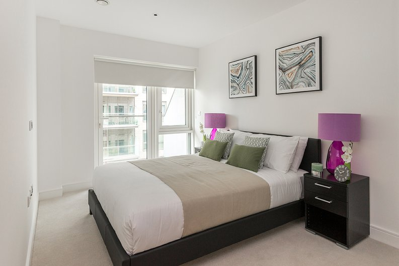 1 bedroom(s) apartment to sale in Vista House, Dickens Yard, Ealing-image 6