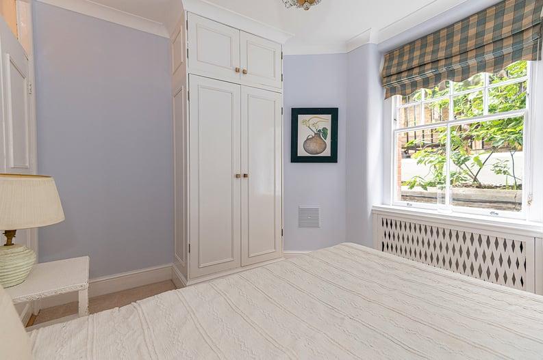 3 bedroom(s) apartment to sale in Walton Street, Kensington/Chelsea, London-image 19