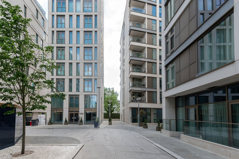 1 bedroom(s) apartment to sale in Sherrin House, Royal Warwick Square, Kensington-image 11