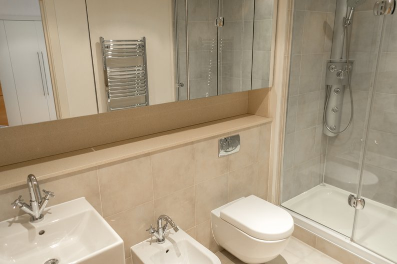 2 bedroom(s) apartment to sale in Regal House, Lensbury Avenue, Imperial Wharf, London-image 10