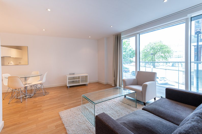 1 bedroom(s) apartment to sale in Waterside Apartments, Goodchild Road, Woodbury Down, London-image 10