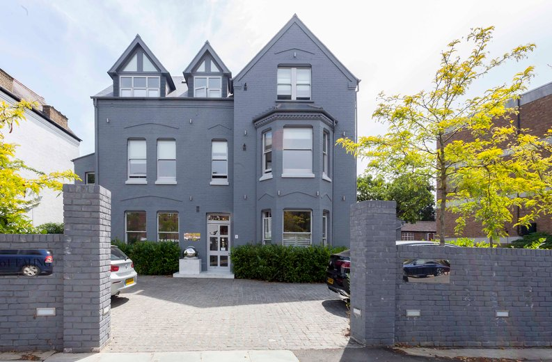 3 bedroom(s) apartment to sale in Montpelier Road, Ealing-image 27