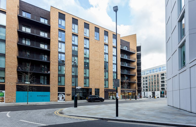 1 bedroom(s) apartment to sale in Masthead House, Rope Terrace, Royal Docks-image 1