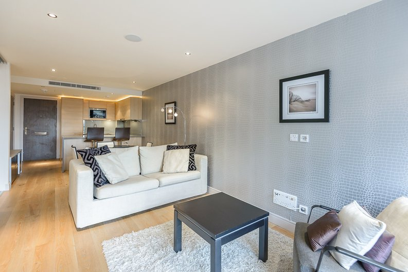 1 bedroom(s) apartment to sale in Octavia House, Townmead Road, Fulham-image 5