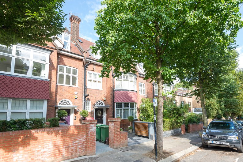 2 bedroom(s) apartment to sale in Eldon Grove, Hampstead, London-image 1