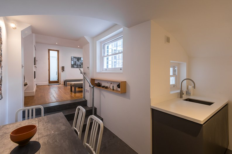 2 bedroom(s) house to sale in Queensberry Place, South Kensington-image 5