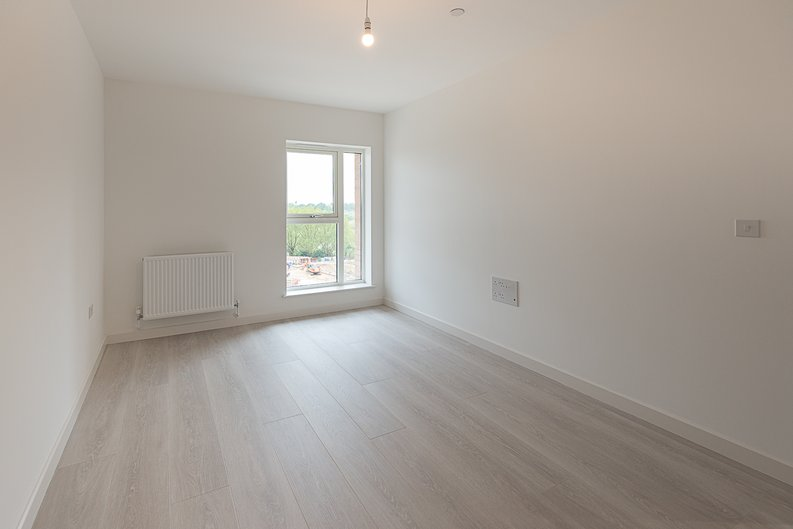2 bedroom(s) apartment to sale in Starling Apartments,, Hendon Waterside-image 2