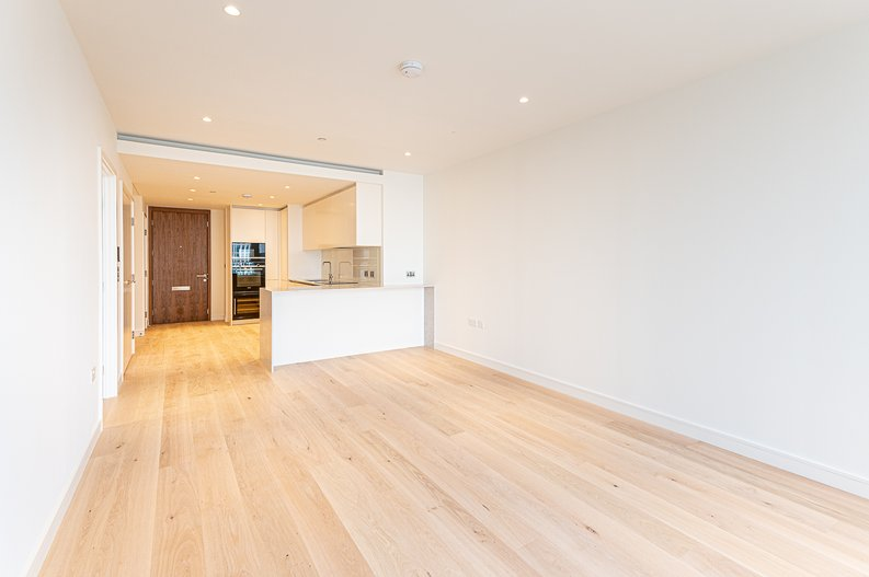 1 bedroom(s) to sale in Hampton Tower, South Quay Plaza, Marsh Wall, Canary Wharf-image 4