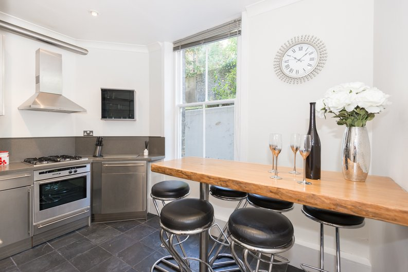 3 bedroom(s) apartment to sale in Bullingham Mansions, Pitt Street, London , Kensington-image 14