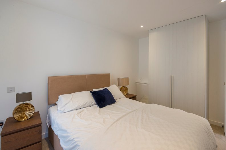 3 bedroom(s) house to sale in Hand Axe Yard, Kings Cross, London-image 11