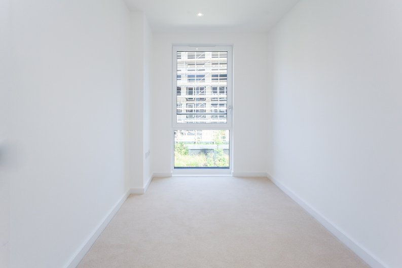 3 bedroom(s) apartment to sale in Endeavour House, Ashton Reach, Surrey Quay, London-image 7