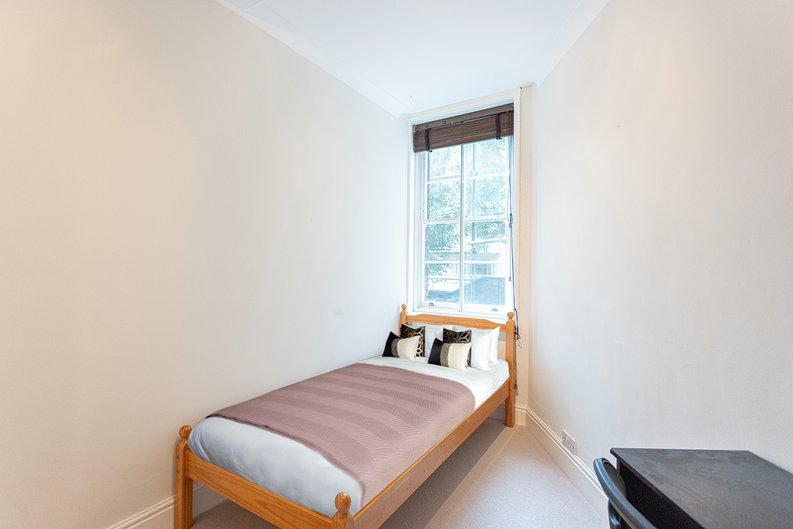 2 bedroom(s) apartment to sale in Mall Chambers, Kensington Mall, Notting Hill-image 10