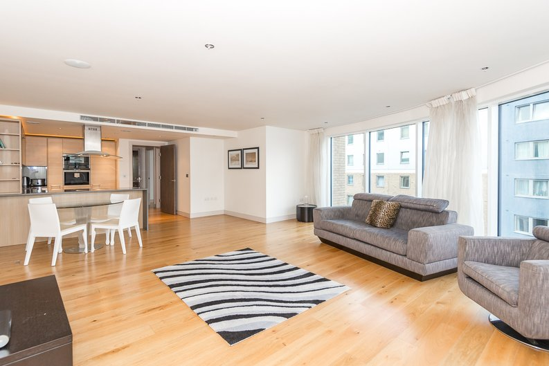 2 bedroom(s) apartment to sale in Octavia House, 213 Townmead Road, Fulham-image 5