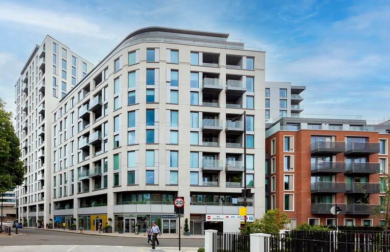 2 bedroom(s) apartment to sale in Marquis House, Sovereign Court, Hammersmith-image 24