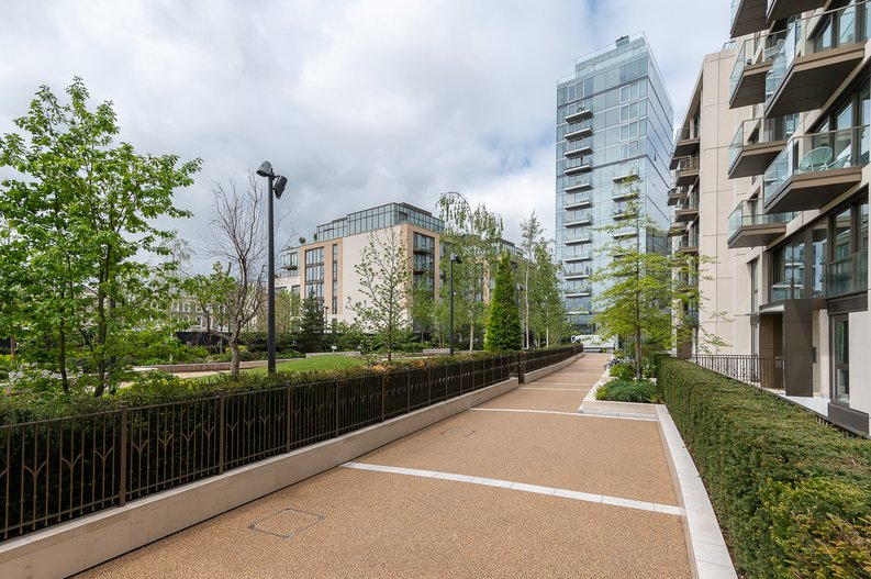 1 bedroom(s) apartment to sale in Lillie Square, Earls Court, London-image 10