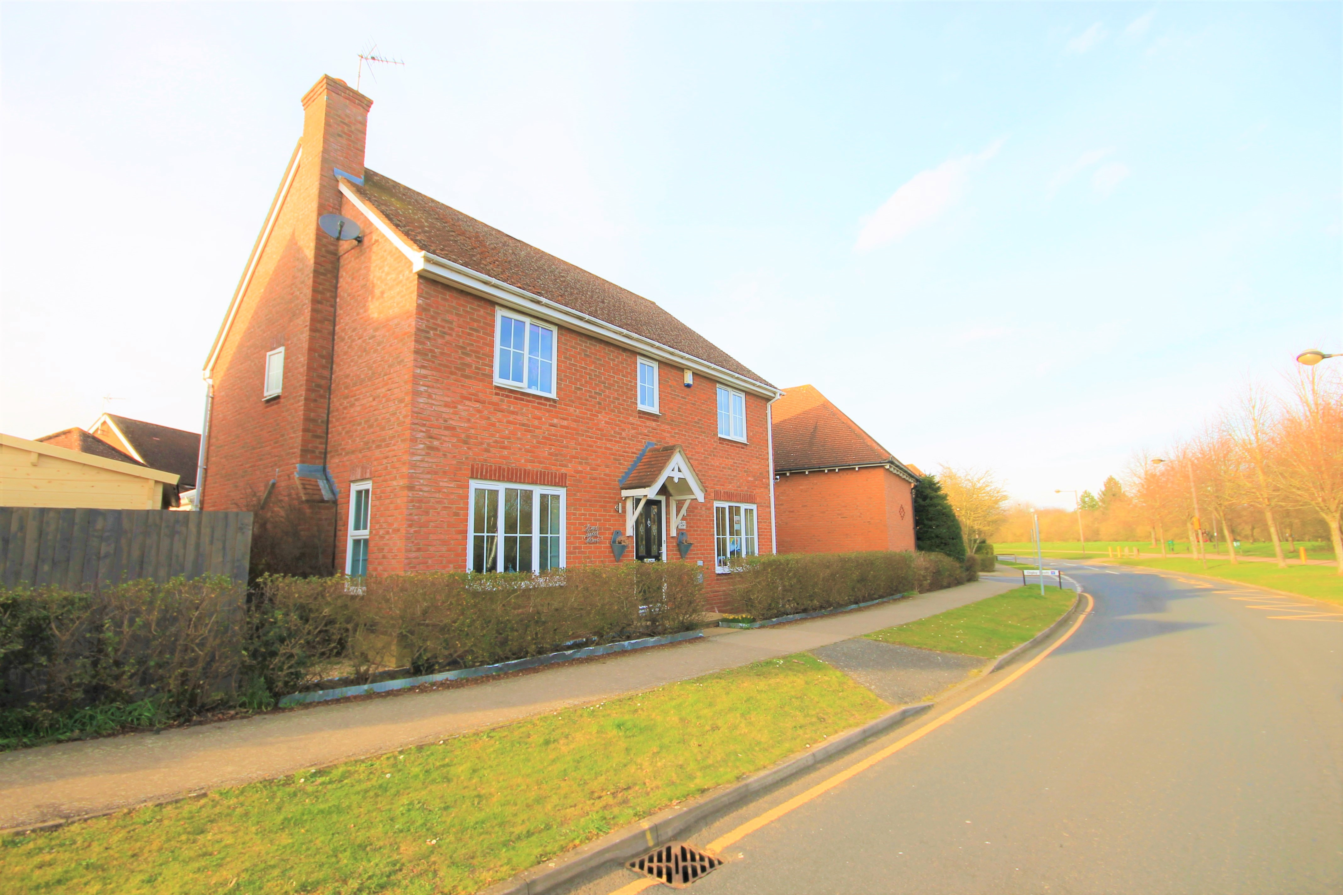 Noon Layer Drive, Milton Keynes, Buckinghamshire Image