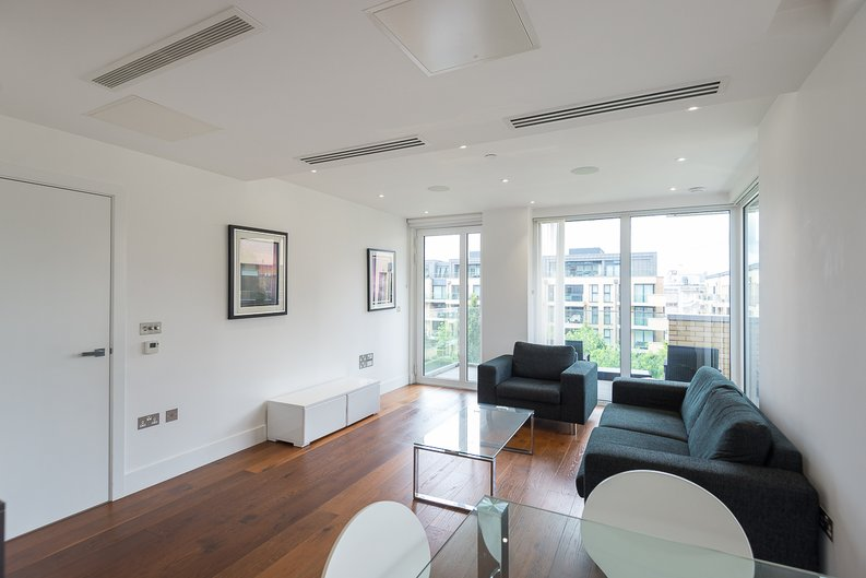 2 bedroom(s) apartment to sale in Westbourne Apartments, Central Avenue, Fulham-image 8
