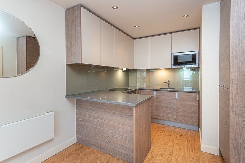 1 bedroom(s) apartment to sale in Curtiss House, 27 Heritage Avenue, Beaufort Park, London-image 6