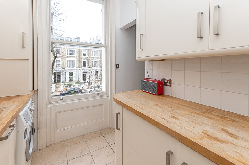 2 bedroom(s) apartment to sale in Elsham Road, West Kensington-image 11