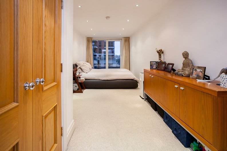 2 bedroom(s) apartment to sale in Chelsea Vista, Imperial Wharf, Fulham-image 13