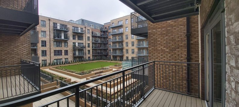 2 bedroom(s) apartment to sale in Fairbank House, Beaufort Park , Colindale-image 15