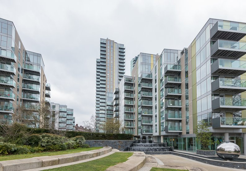 1 bedroom(s) apartment to sale in Willowbrook House, Woodberry Down, Finsbury Park-image 4