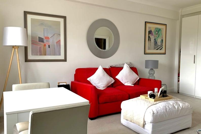 1 bedroom(s) apartment to sale in Broadwalk Court, Palace Gardens Terrace, Kensington-image 3