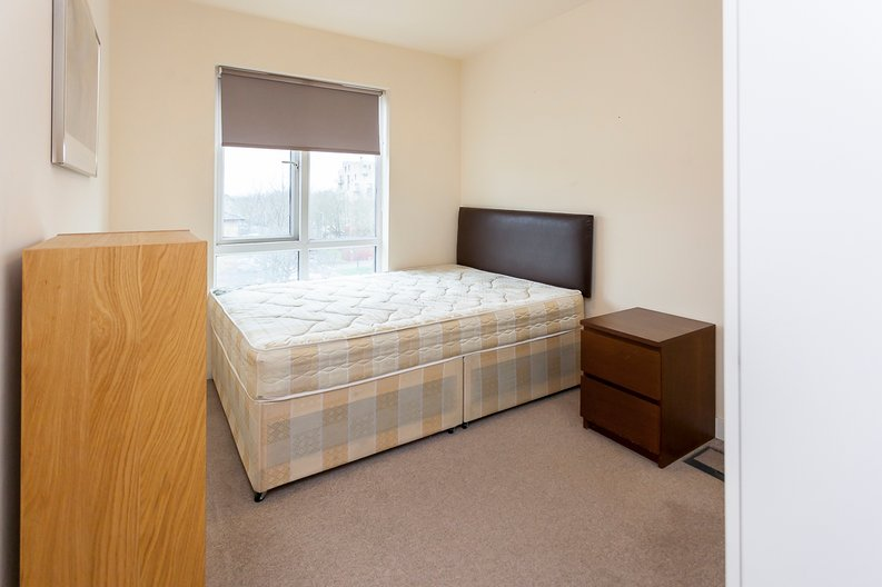2 bedroom(s) apartment to sale in Brigadier House, Heritage Avenue, Beaufort Park, Colindale-image 6