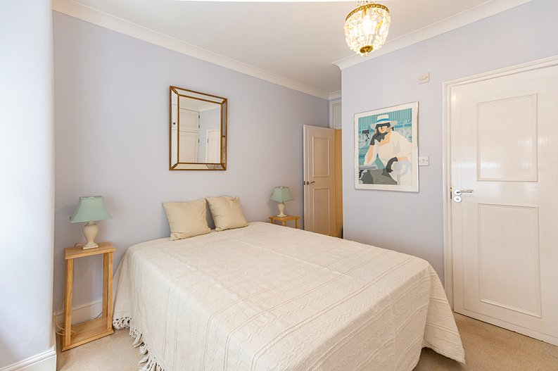3 bedroom(s) apartment to sale in Walton Street, Kensington/Chelsea, London-image 15