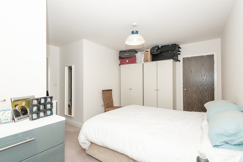 1 bedroom(s) apartment to sale in Goldhawk House, 10 Beaufort Square, London-image 6
