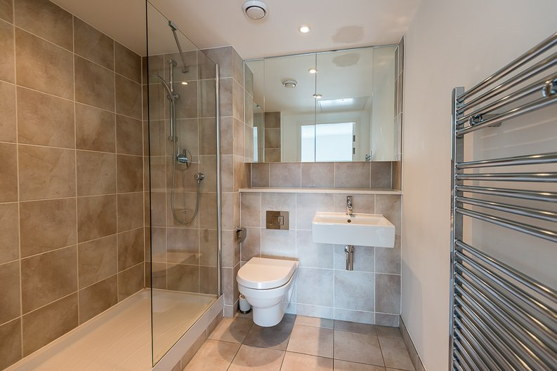 2 bedroom(s) apartment to sale in Landmark West Tower, Marsh Wall, Canary Wharf-image 7