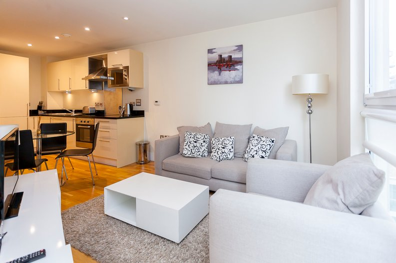 1 bedroom(s) apartment to sale in Cobalt Point, Lanterns Court, Millharbour, Canary Wharf-image 1