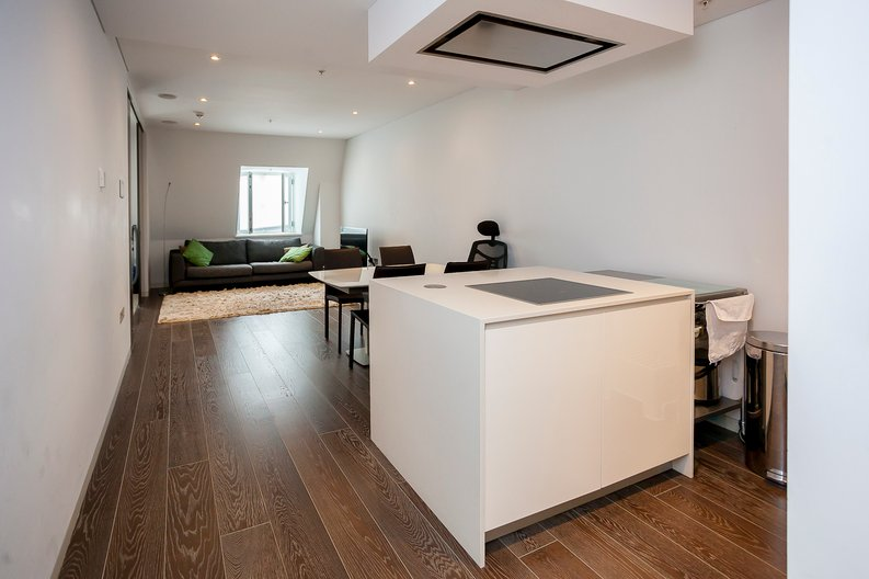 2 bedroom(s) apartment to sale in Marconi House, 335 Strand, London-image 1