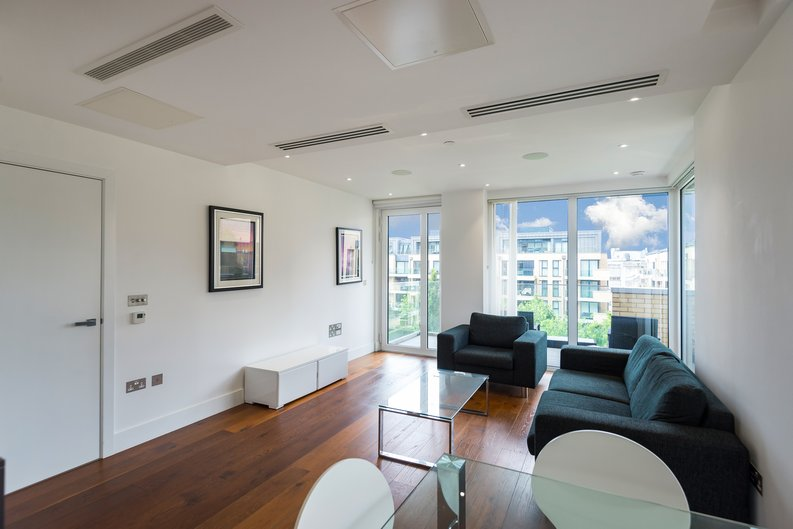 2 bedroom(s) apartment to sale in Westbourne Apartments , Central Avenue, Fulham Riverside, London-image 11