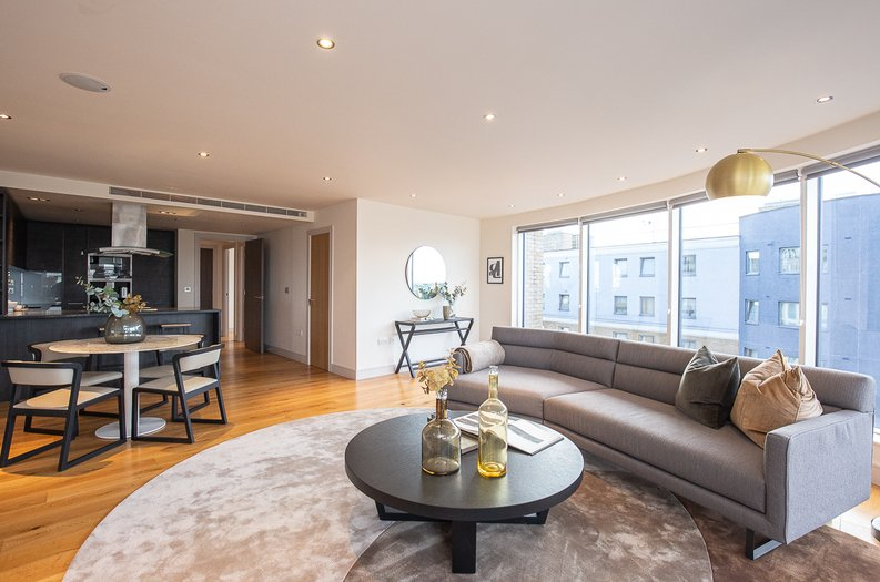 2 bedroom(s) apartment to sale in Octavia House, 213 Townmead Road, Fulham-image 1