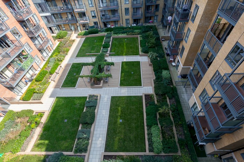 2 bedroom(s) apartment to sale in Constantine House, Boulevard Drive, Beaufort Park, Colindale-image 10