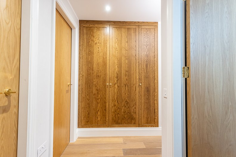 3 bedroom(s) apartment to sale in Greville Road, St. John's Wood Borders, London-image 21