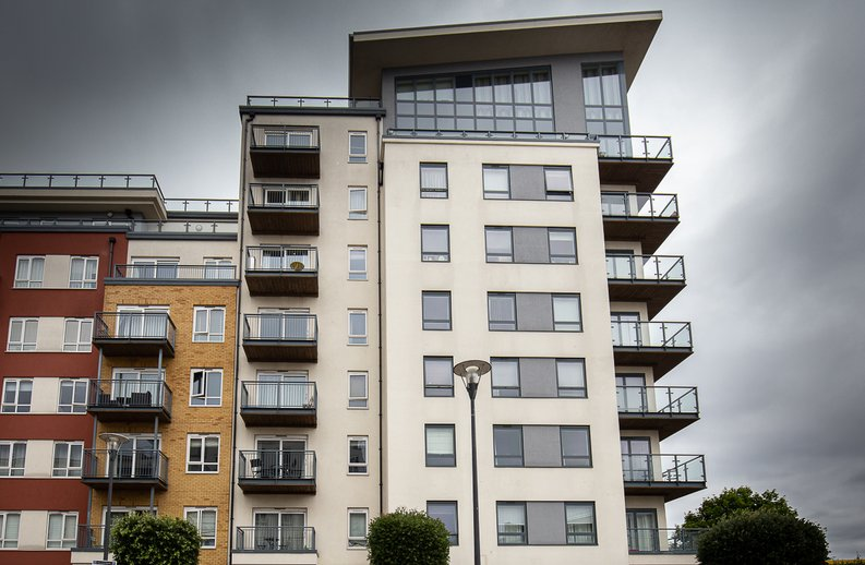 1 bedroom(s) apartment to sale in 27 Heritage Avenue, London-image 1