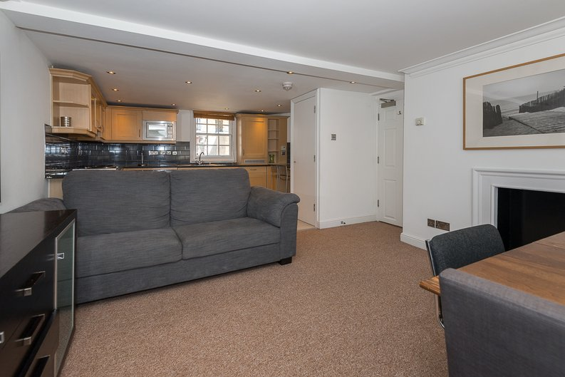 1 bedroom(s) apartment to sale in Avery Row, Mayfair-image 6