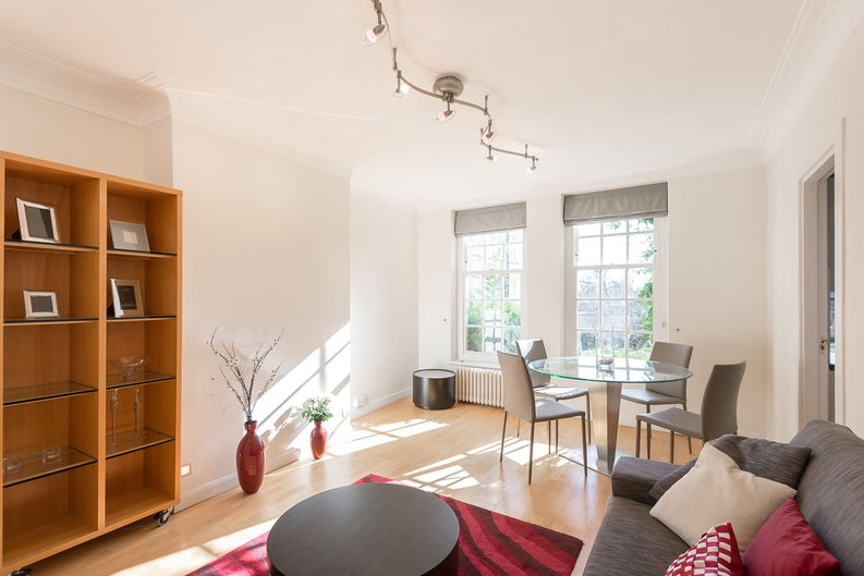 1 bedroom(s) apartment to sale in Greenhill, Prince Arthur Road, Hampstead, London-image 5
