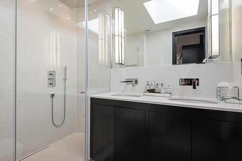 5 bedroom(s) house to sale in Cadogan Lane, Knightsbridge-image 10