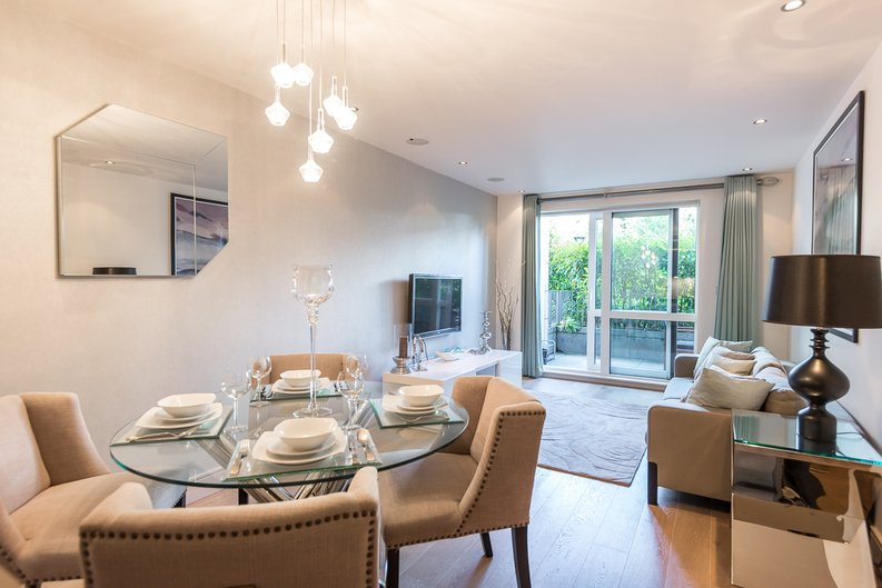 2 bedroom(s) apartment to sale in Doulton House, Chelsea Creek, Fulham-image 1
