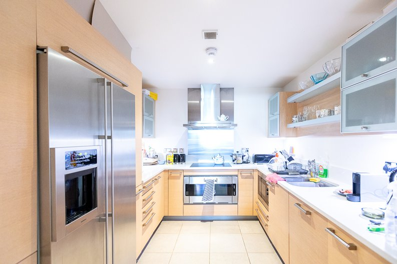 3 bedroom(s) apartment to sale in Lensbury Avenue, Imperial Wharf, London-image 3