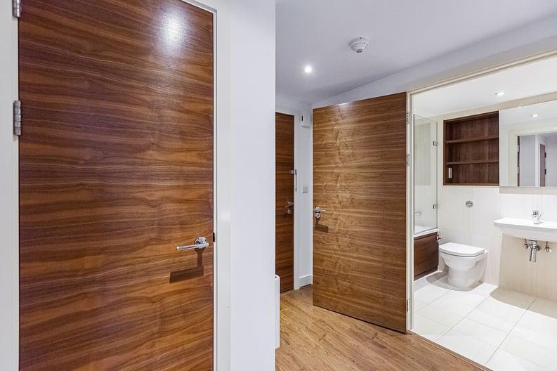 1 bedroom(s) apartment to sale in Bromyard Avenue, Napier West, London-image 9